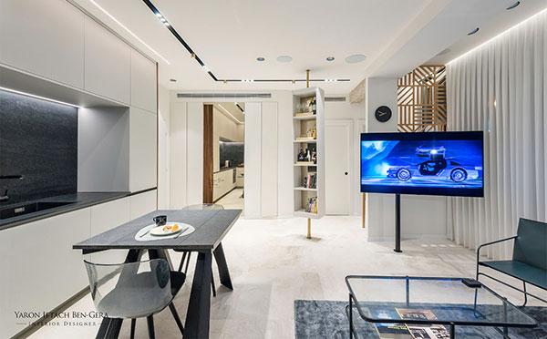 A 47 sq.m. Apartment, Tel Aviv